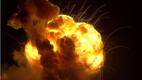 アメリカでロケット打ち上げ失敗!大爆発!凄まじい映像が公開される!!