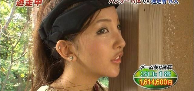 【悲報】元AKB48板野友美さんが痩せ過ぎて拒食症レベルに・・・