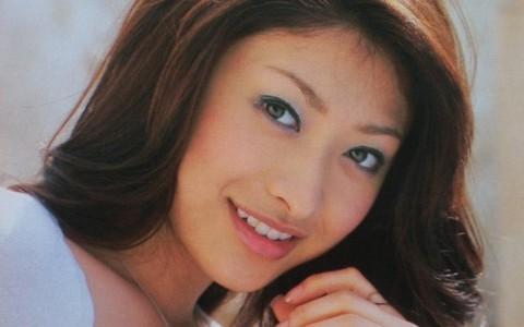 山田優が髪をピンクにイメチェンした結果♡