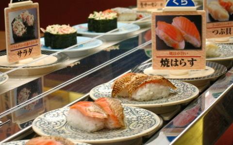 くら寿司の『まるごといわし巻』が話題に!!