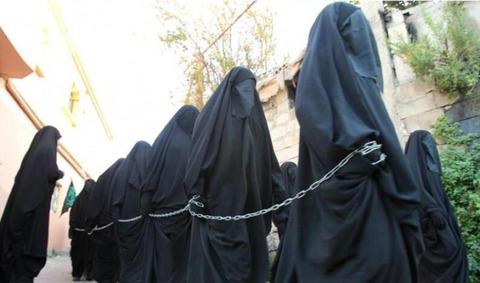 【悲報】日本の女子高生がイスラム人に連れ去られているらしい…