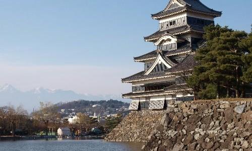 松本城が倒れる!!!失敗が生んだ奇跡の1枚が話題に!
