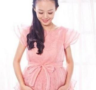 妊娠中に末期がんを患った26歳の女性。治療を拒み、子供の命を守り天国へ。