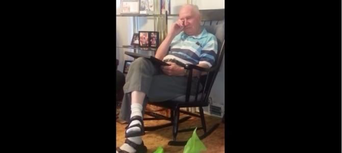 70年振りに亡き母の顔を見た83歳の男性
