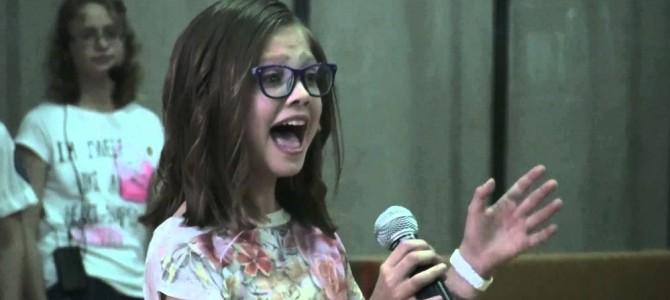 11歳の女の子が学芸会で披露したビヨンセが素晴らしい!!