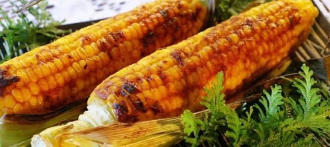 トウモロコシを皮付きでまるごと焼いて食べると絶品!美味しさが逃げずホクホク!!