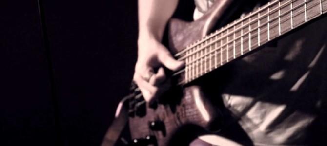 ベースとドラムだけでビートルズの「Come Together」をカバーした演奏がめちゃカッコイイ!!