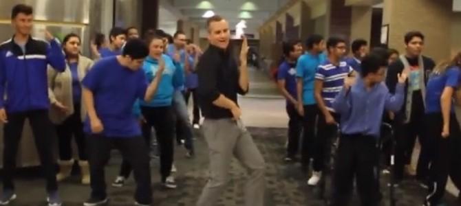 エリート高校生達がダンスに挑戦した動画がアメリカで話題に