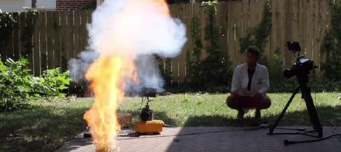 6,000本以上のマッチを燃やすとどうなるか実験した映像が話題!!