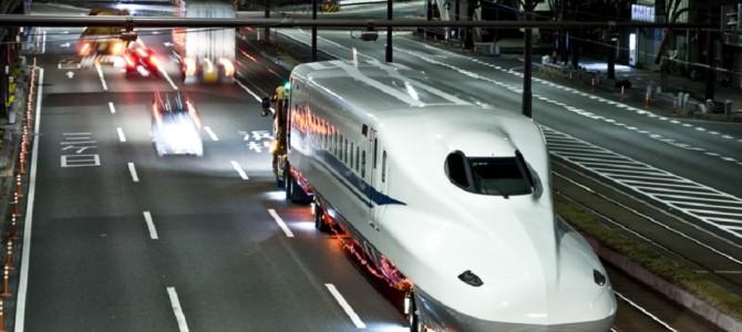 深夜、500系新幹線を陸送している現場に遭遇!
