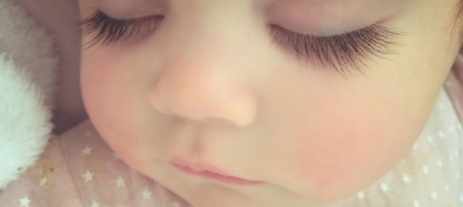 生後8カ月で既に有名人!facebookで10万件の「いいね!」を集めた女児が可愛すぎる!