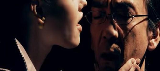 口臭くっさ~…新垣隆が息のにおいを音楽で表現する「息興曲」がシュールすぎる!
