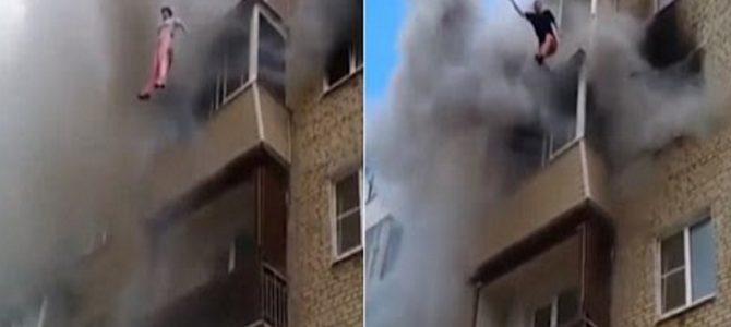 大火事のマンション5階から決死のダイブ!近隣住民が受け止める!
