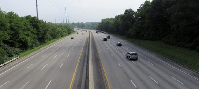 """高速道路で""""急ブレーキ""""を踏む車が危なすぎる!"""
