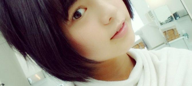 欅坂のセンター平手友梨奈が「山口百恵」の再来