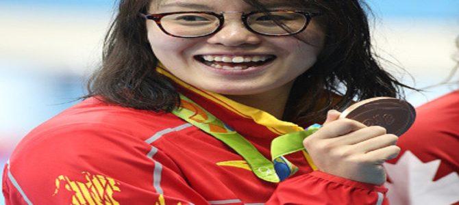 「昨日、生理になって…」と驚きの発言をする競泳選手が世界中で人気者