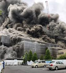 東京多摩 工事現場火災 原因は断熱材から出火?心肺停止3人
