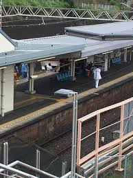 京成線谷津駅で人身事故