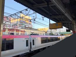 総武線で接触事故 幕張駅付近の踏切で電車と自転車が接触