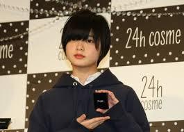 欅坂46・平手友梨奈(ひらて ゆりな)がFNS歌謡祭で無気力ダンス「アンビバレント」