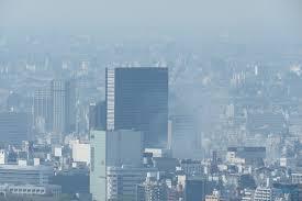 東京都港区六本木ヒルズ前のビルから出火