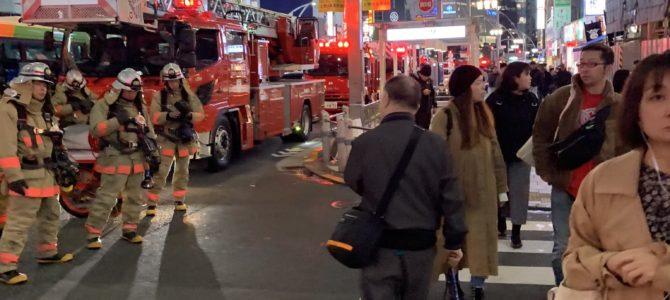 東京都台東区上野の仲町通りで火災