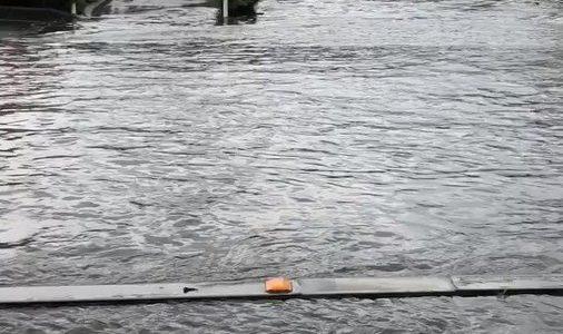 群馬県伊勢崎市でゲリラ豪雨が降り冠水